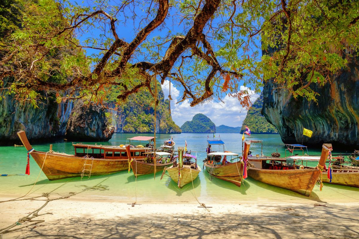 Travel Bucket List: Absolute Must See Vacation Spots
